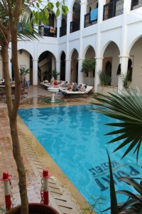 Located in the heart of the medina, this hostel offers a great swimming pool and in room A/C.